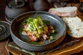 Салат с цыпленком тандури масала и киноа